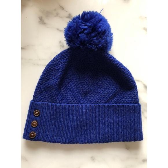 32d4f299b09 Patagonia Blue Pom Pom Beanie. M 5bf1afbd409c15034466dd4a